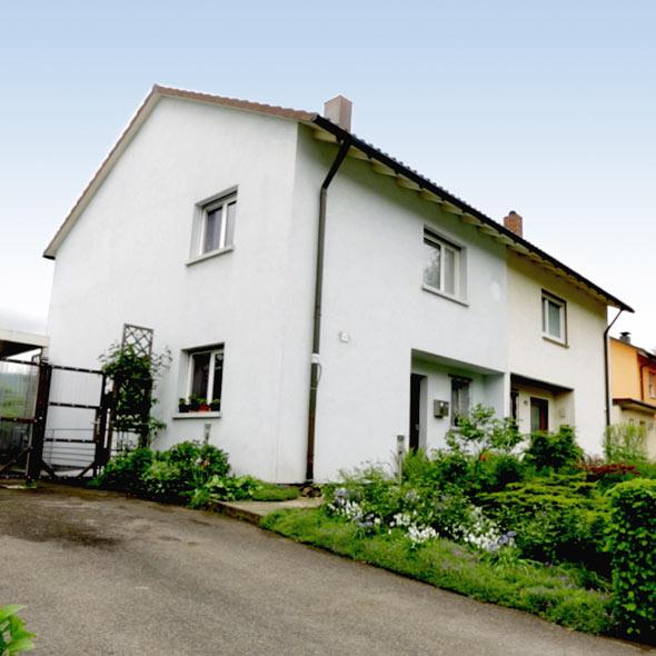 Kalter Wind Warmes Haus